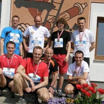 """""""Feuerwehr läuft"""" beim 7. Linz-Donau Marathon"""