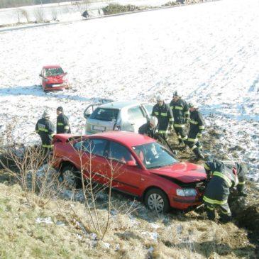Massenausritt bei winterlichen Fahrverhältnissen