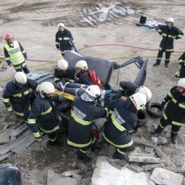 Gruppenübung für technische Hilfeleistung