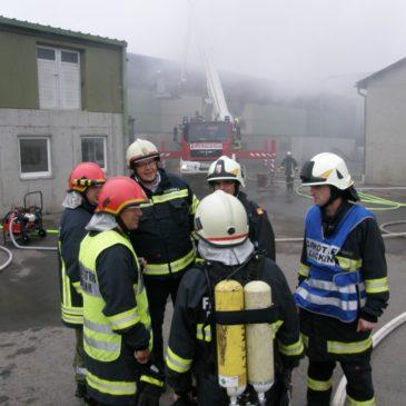 Brand beim Entsorgungsunternehmen Zellinger