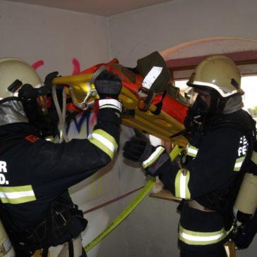 Gemeinde-Atemschutzübung mit Wärmebildkamera
