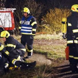 Abschnittsübung für Atemschutz und FMD in Walding