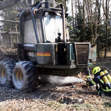 Brand eines Forstfahrzeugs in Oberhart